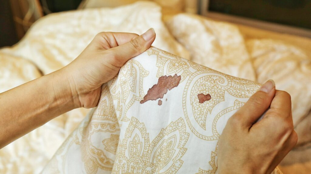 How To Remove Blood Stain From Bedsheet